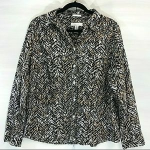 Chico's size 2 animal print button down top